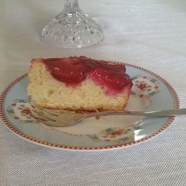 פרוסת עוגת שזיפין