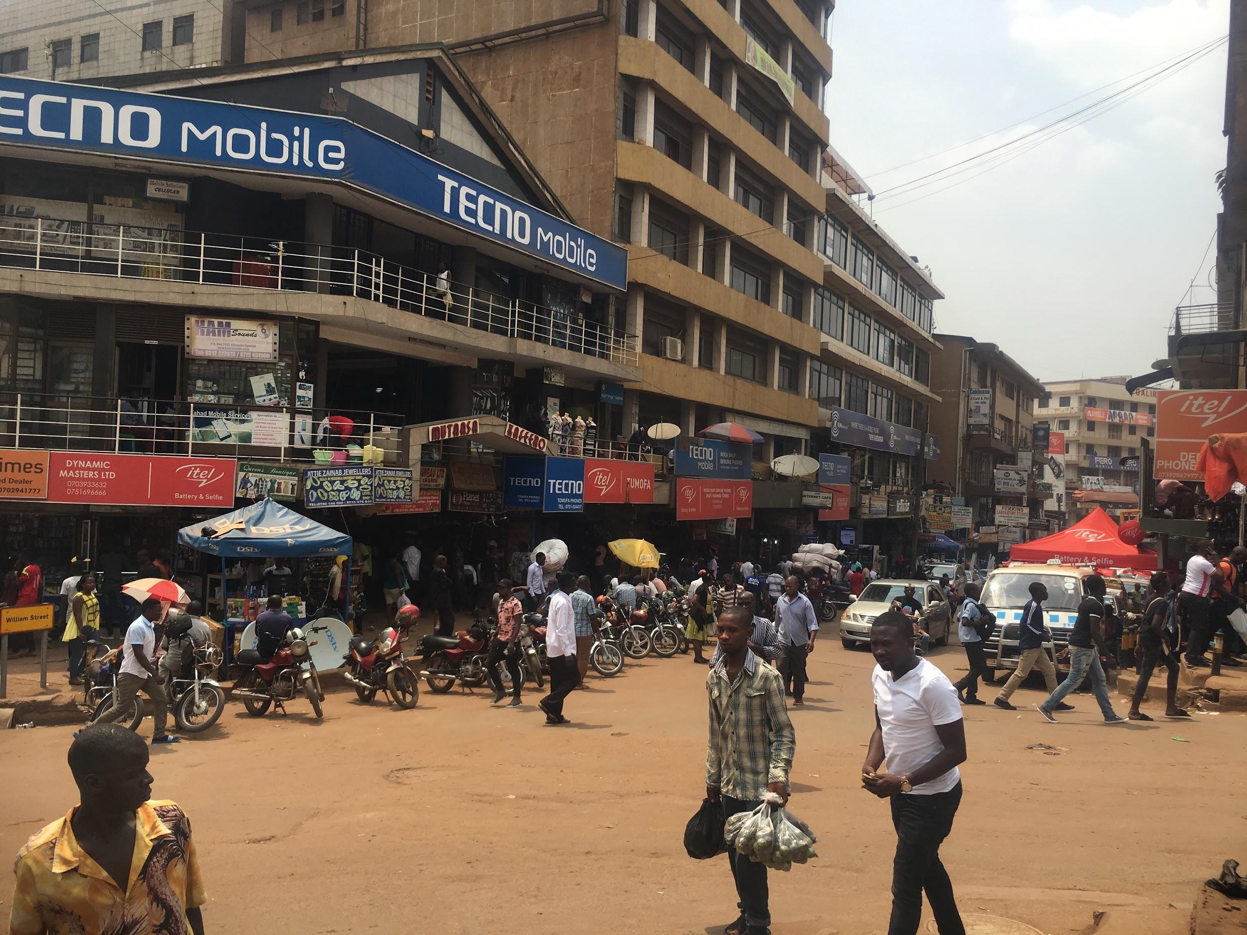 5 Reasons to Volunteer in Uganda