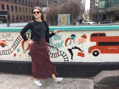 #15a: Kate adds an art stop for this cute mural at Front and York