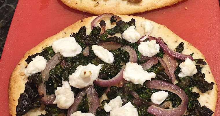 Sweet red onion and hazelnut pizzette
