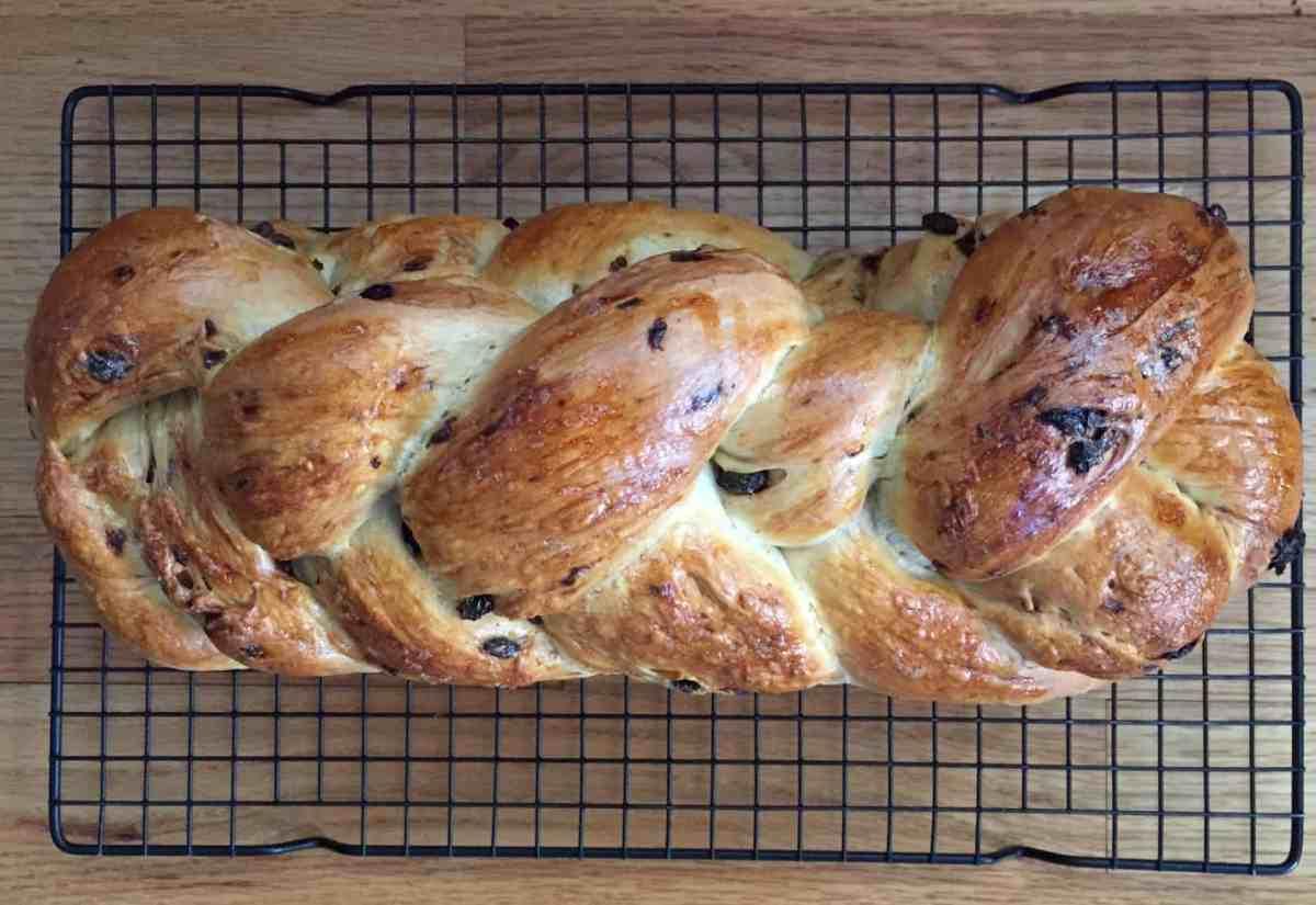 the baked orange raisin challah