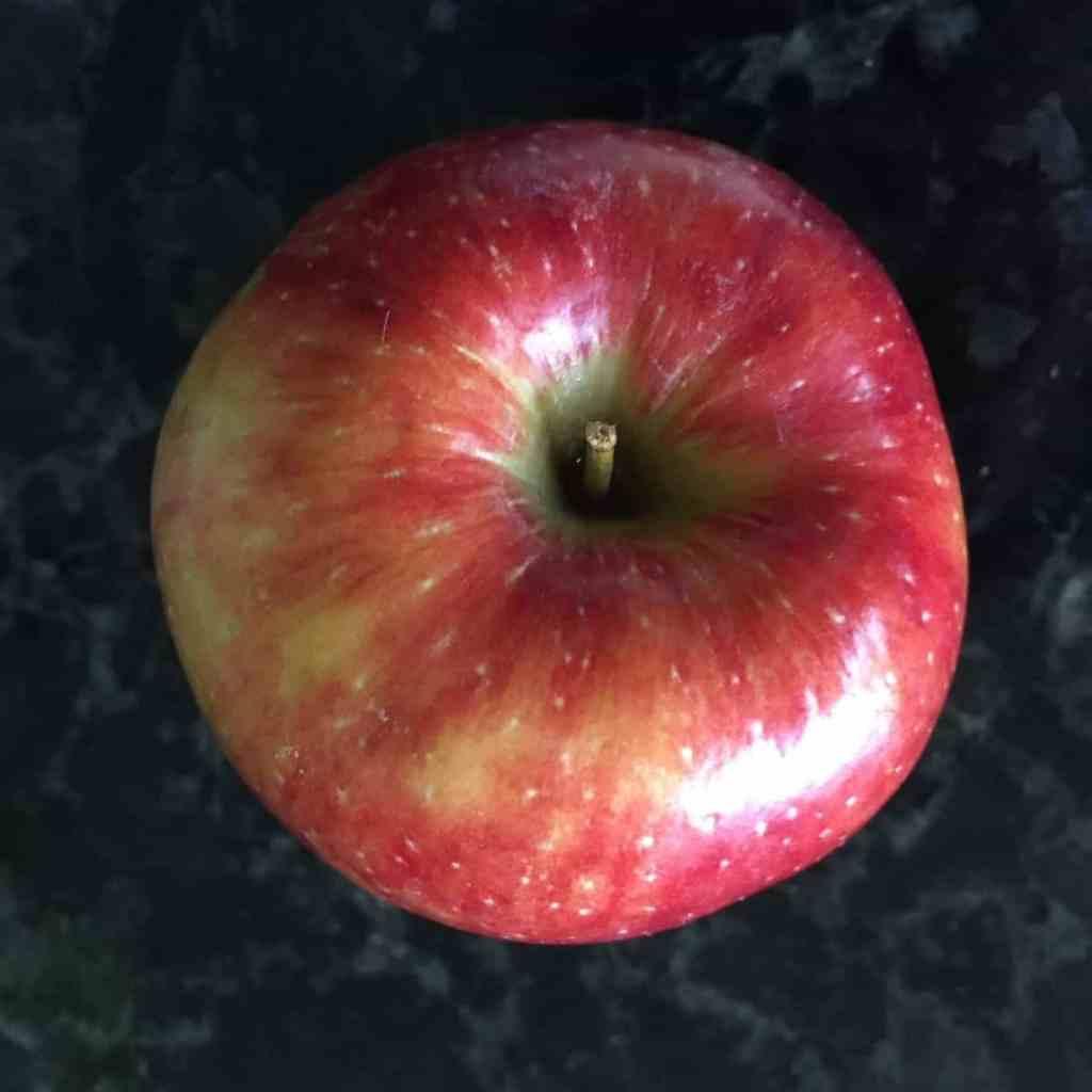 a juici apple
