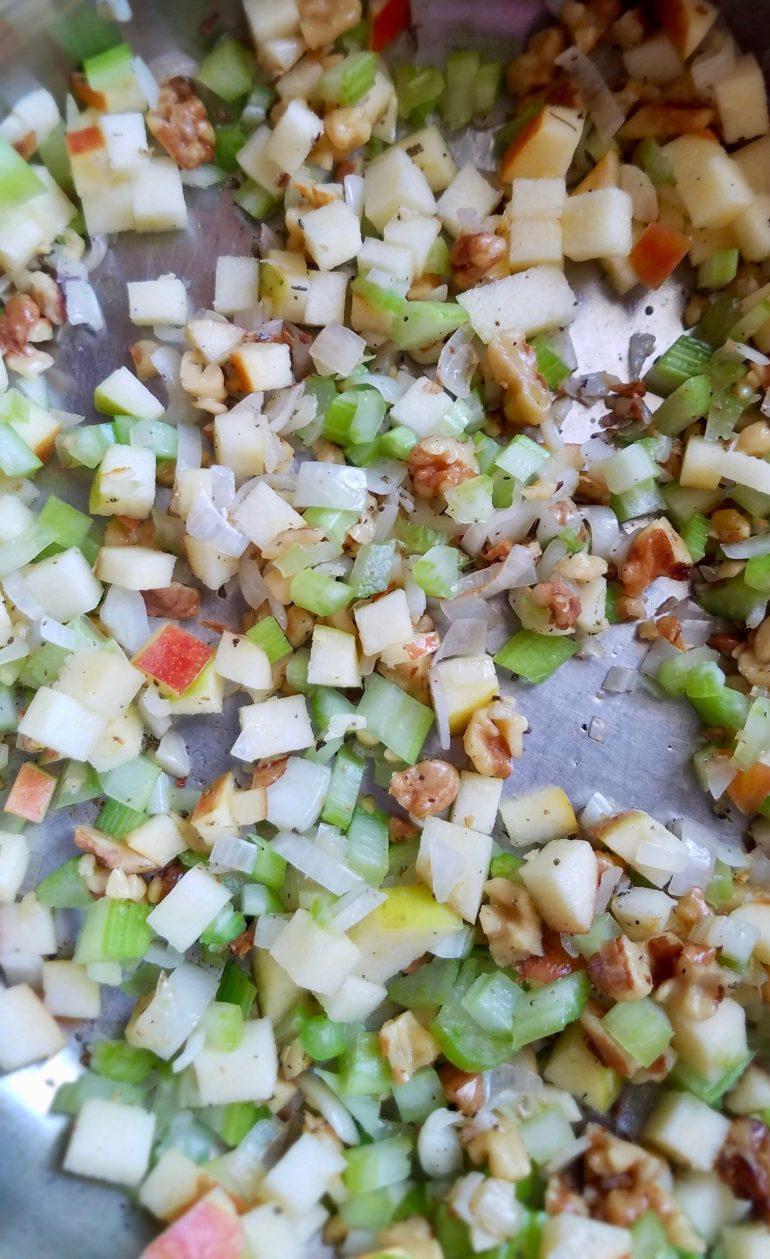 Vegan Apple Stuffed Acorn Squash