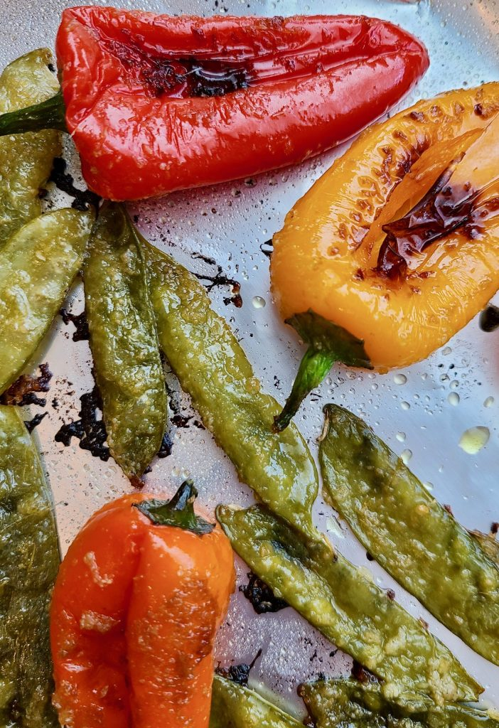 Grilled snow peas and sweet peppers