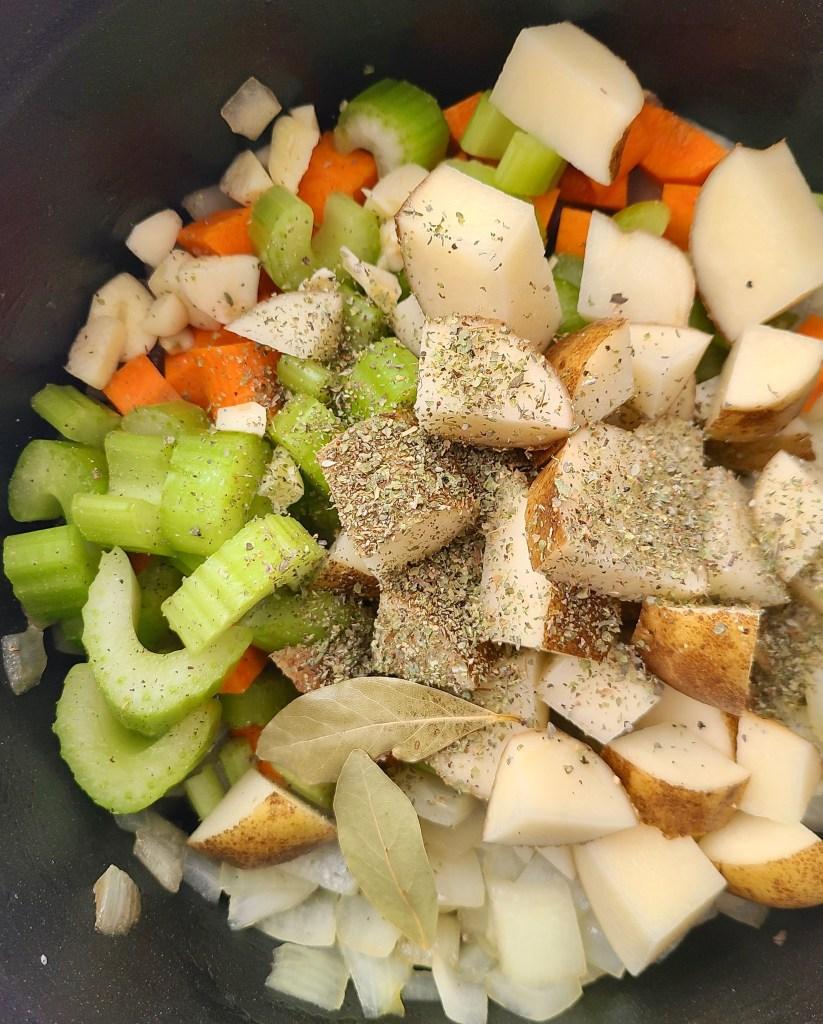 Kohlrabi Potato Soup