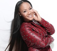 "Erica Campbell Sings ""Oh How He Loves You & Me"" In Israel With Her Mother & Daughter"