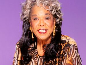 Della Reese Passes: 'Touched by an Angel' Alum and Gospel Singer Dies at 86