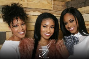 Leading Indie Label M.A.N.D.A.T.E. Records Sign Up & Coming Trio Juzang