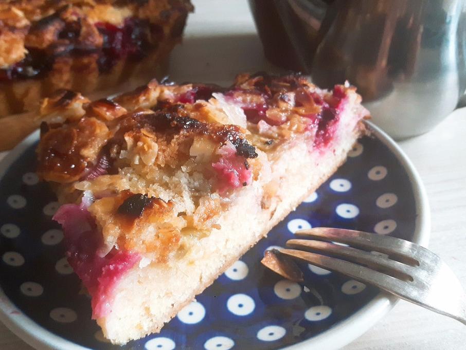 Tosca – szwedzkie ciasto z migdałami i rabarbarem