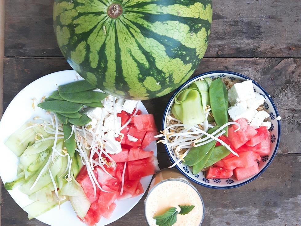 Sałatka z arbuza i komosy ryżowej