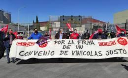 Marcha sindical en protesta por el bloqueo patronal al convenio colectivo de Vinícolas de Ciudad Real.