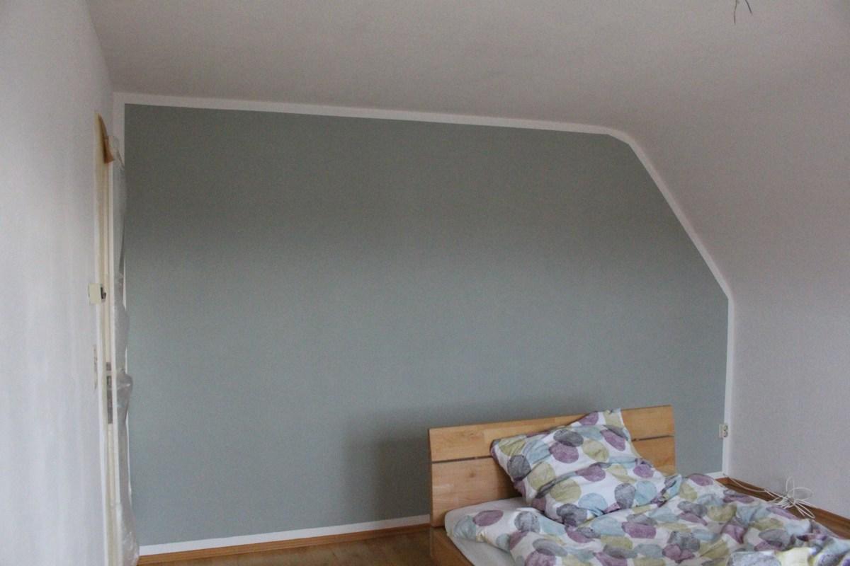 Sessel Mit Wandfarbe Streichen Schlafzimmer Einbauschranksysteme