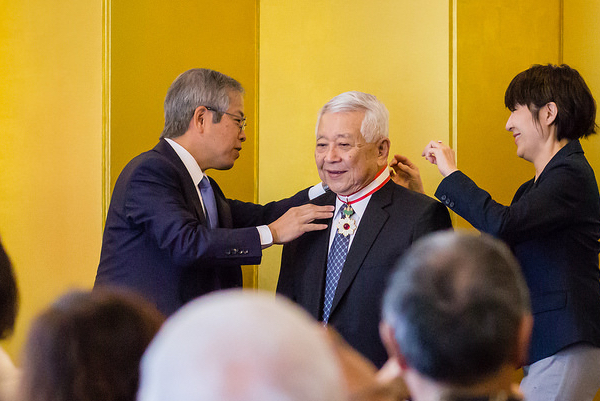 Dr. Satoru Izutsu receives Order of the Rising Sun for bridging connections between UH and Okinawa hospital