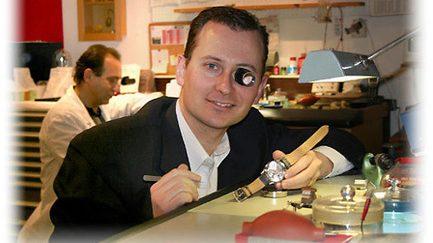 Die Uhrmacher für Armbanduhren, Grossuhren und Taschenuhren Reparaturen in der Region Basel