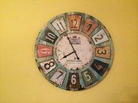 Seltenheit? Wohnzimmer Uhr mit ein bischen Design inkl ...