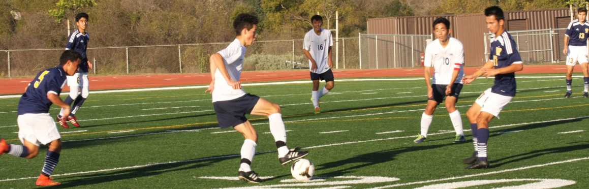 Boys soccer finishes Aliso tournament 1-2