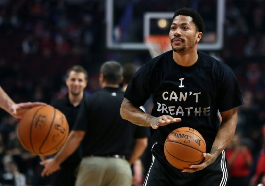 "Derrick Rose, guard for the Chicago Bulls, wore an ""I Can't Breathe"" shirt while warming up for a game on December 6 against the Golden State Warriors. (Chris Sweda/Chicago Tribune/TNS)"
