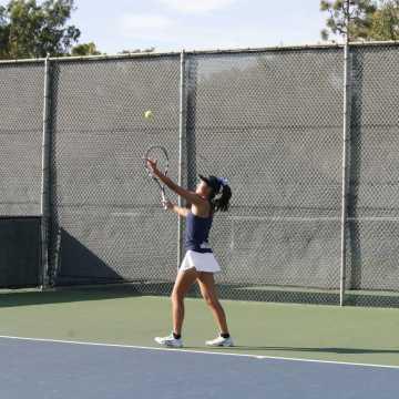 Girls Tennis triumphs over Laguna Beach in first CIF match