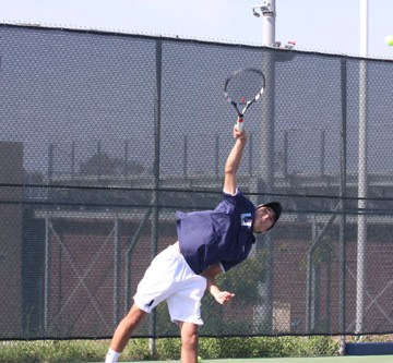Boys Tennis extends historic league winning streak in thrashing of Irvine