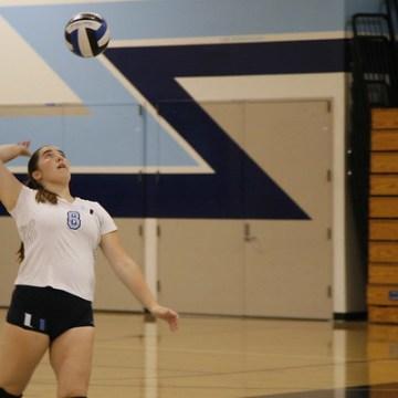 Girls Volleyball defeats Irvine 3-0 at home match
