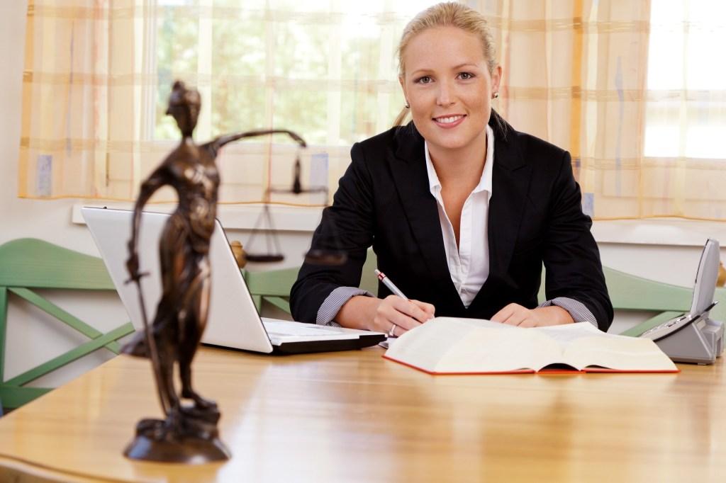 licenciaturas en derecho