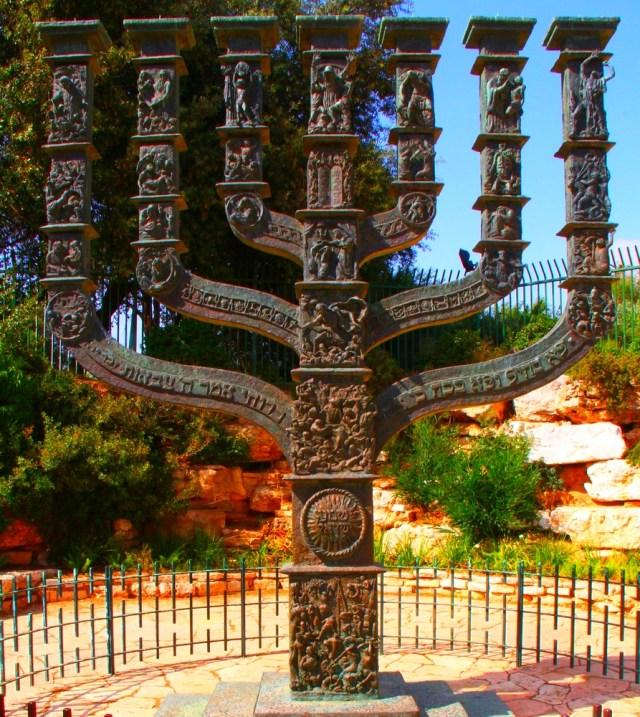 006 Jerusalaim_the Great_Menora