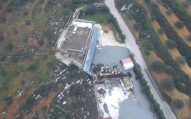A hadsereg – cementes anyaggal kiöntve – megsemmisítette a Kafr Kilából ásott Hezbollah-alagutakat