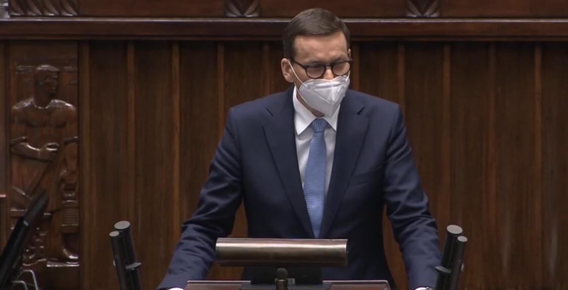 Morawiecki üzent Lapidnak: Lengyelország nem fizet egyetlen zlotyt sem   Új Kelet online