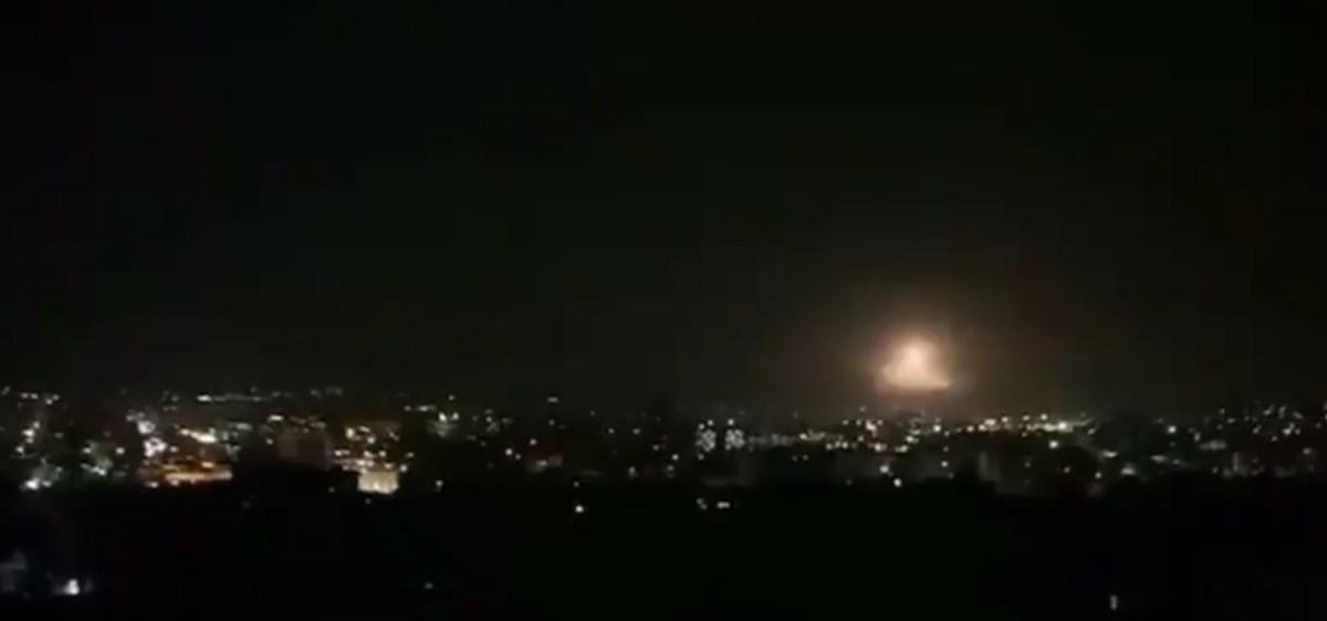Az oroszok szerint a szír légvédelmi rendszerek a 24 izraeli lövedékből elfogtak 22-őt csütörtökön   Új Kelet online