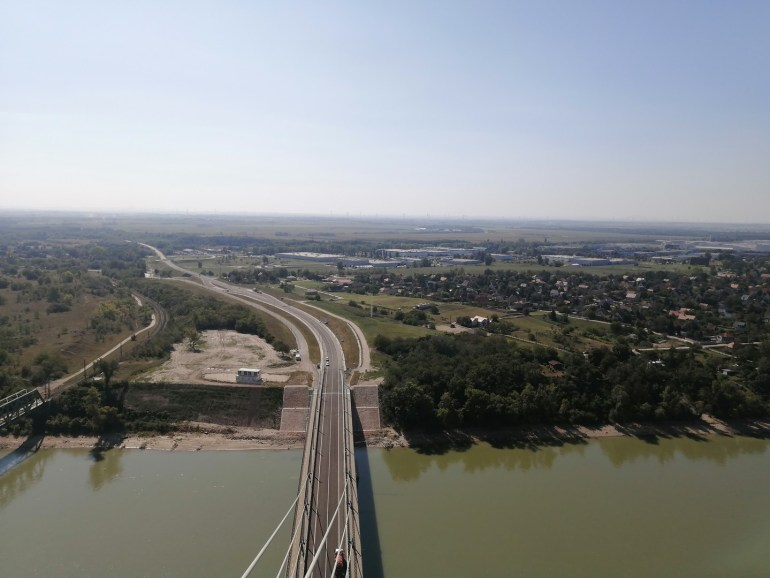 Képek a Monostori híd pilonjának tetejéről