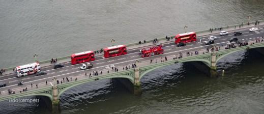 five busses