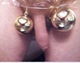 Willy between two baubles