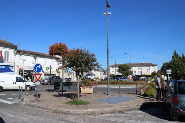 leognan_village