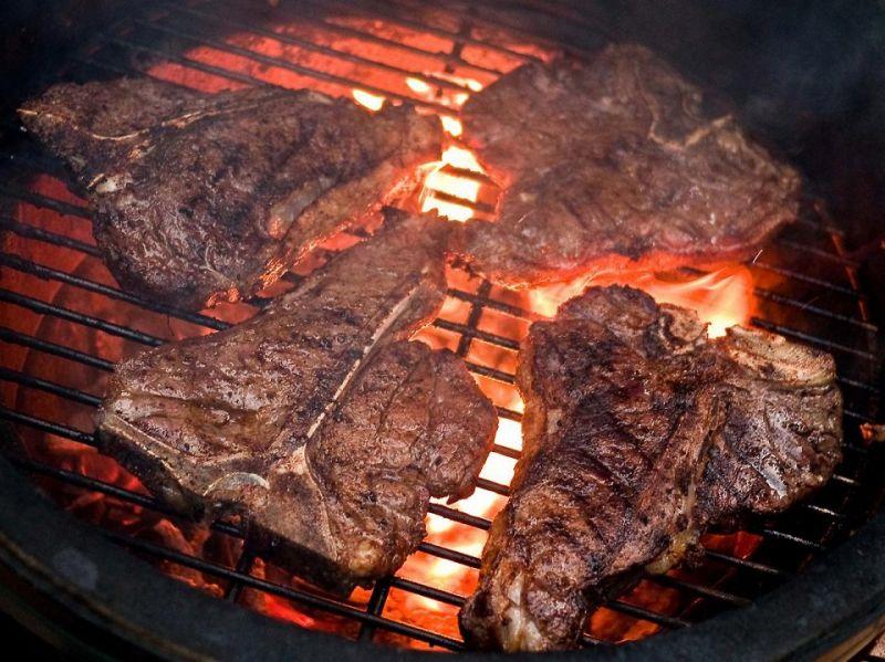 Un viaggio con gusto Barbecue in paesi del mondo