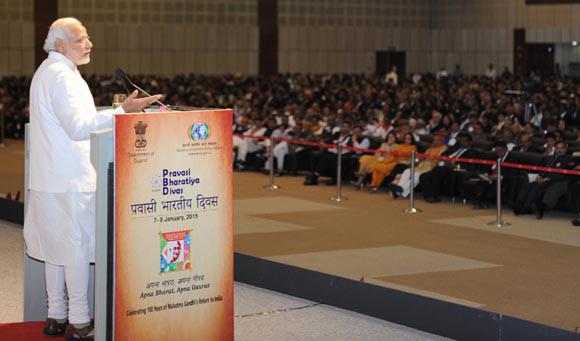 Pravasi Bharat Diwas 2015 – Modi fever persists among the diaspora at PBD 2015