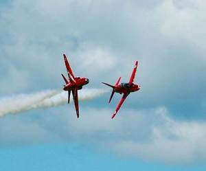 RAF Red Arrows Synchro Break (Image: Aviation Media Agency)