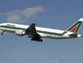 Alitalia Boeing 777-200ER (Image: Aldo Bidini )