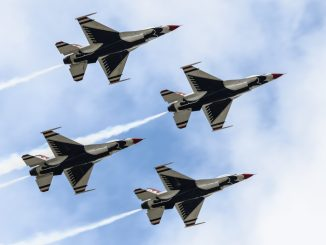 The USAF Thunderbirds (Aviation Media Agency)