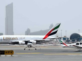 Emirates: Cirrus SR22 meets big brother