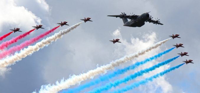 The Red Arrows and Airbus A400M at the Farnborough International Air Show (Image: Aviation Media Co.)