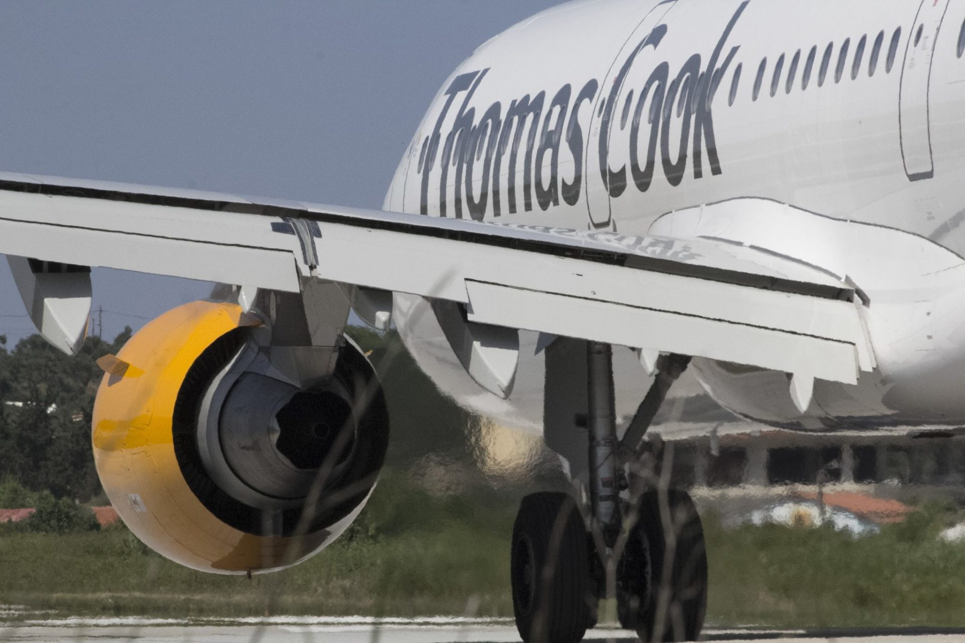 Thomas Cook in rescue talks with China's Fosun