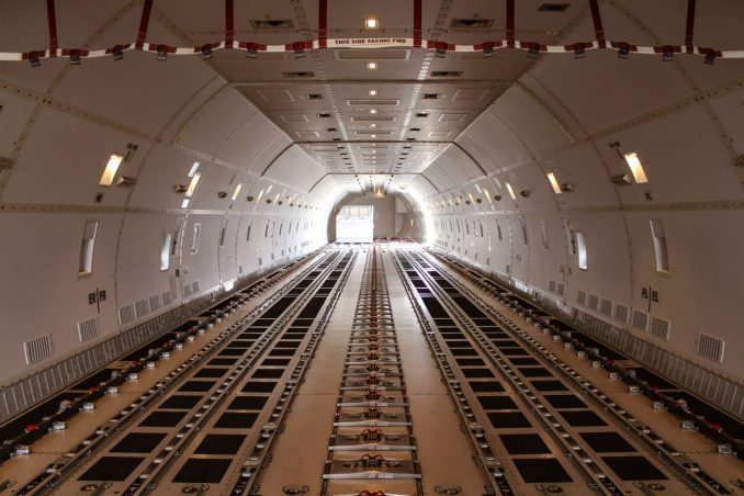 The cargo deck of Qatar Airways 747-8 (Image: TAMC)