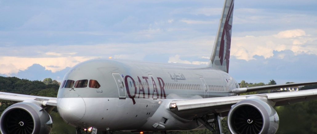 Qatar Airways Boeing 787-8 preparing for take-off at Cardiff Airport (Image: The Aviation Media Agency.)