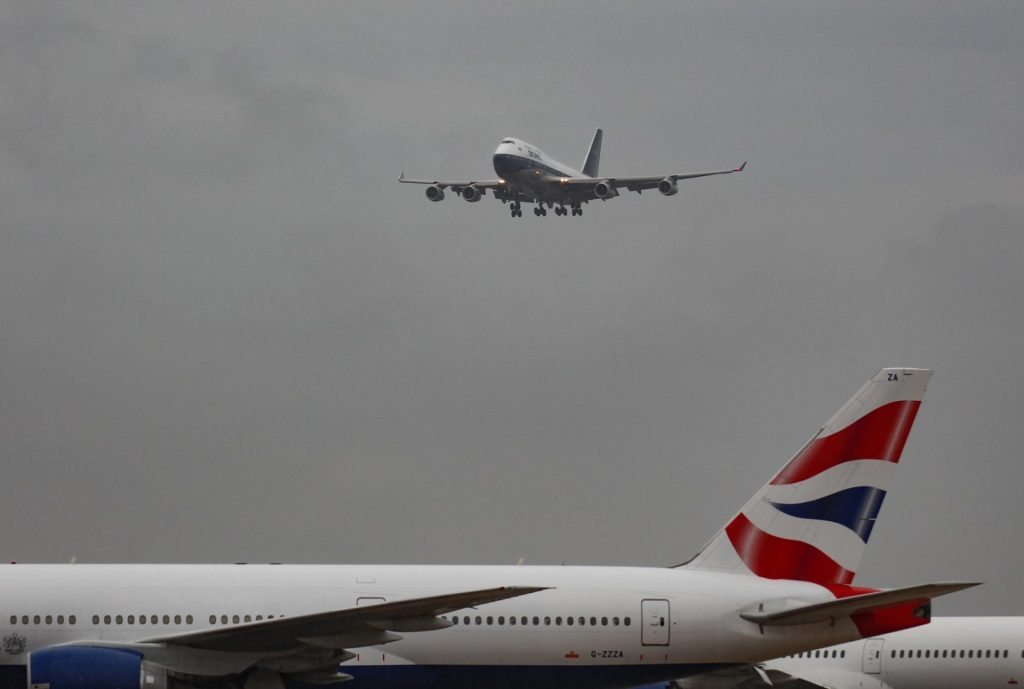BA100 approaches a very grey and murky Heathrow Airport (Image: Aviation Media Co.)