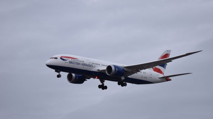 British Airways Boeing 787-8 G-ZBJB on approach to Heathrow (Image: TransportMedia UK)