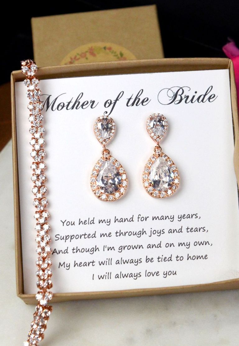 Mother of the Bride jewellery.