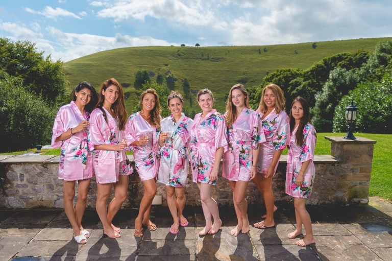 Get your girls together and in matching robes for this lovely photo idea!