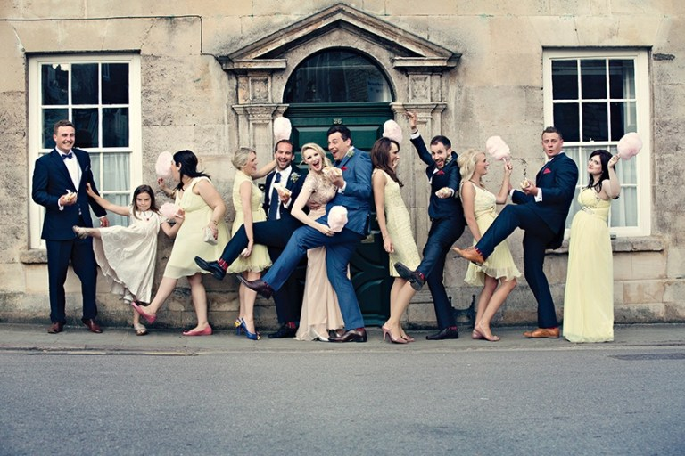 We particularly love the very elegant well-executed kick from the flower girl...