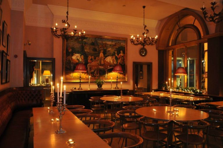 We love the main dining room in this venue, once a private Gentleman's club!