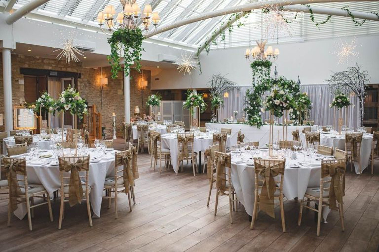 Just imagine having your wedding in such a beautiful room like this!